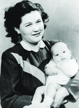 elsie with child