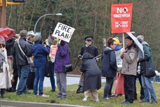 kinder morgan pipeline protest