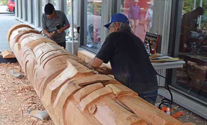 Tsawout brothers carve totem pole to honour survivors