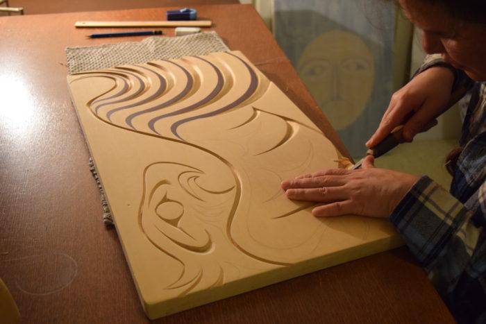 Artist brings 'feminine Coast Salish' style to Stanley Park studio