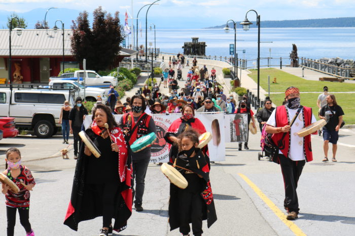 Tla'amin healing walk held in memory of Chantel Moore